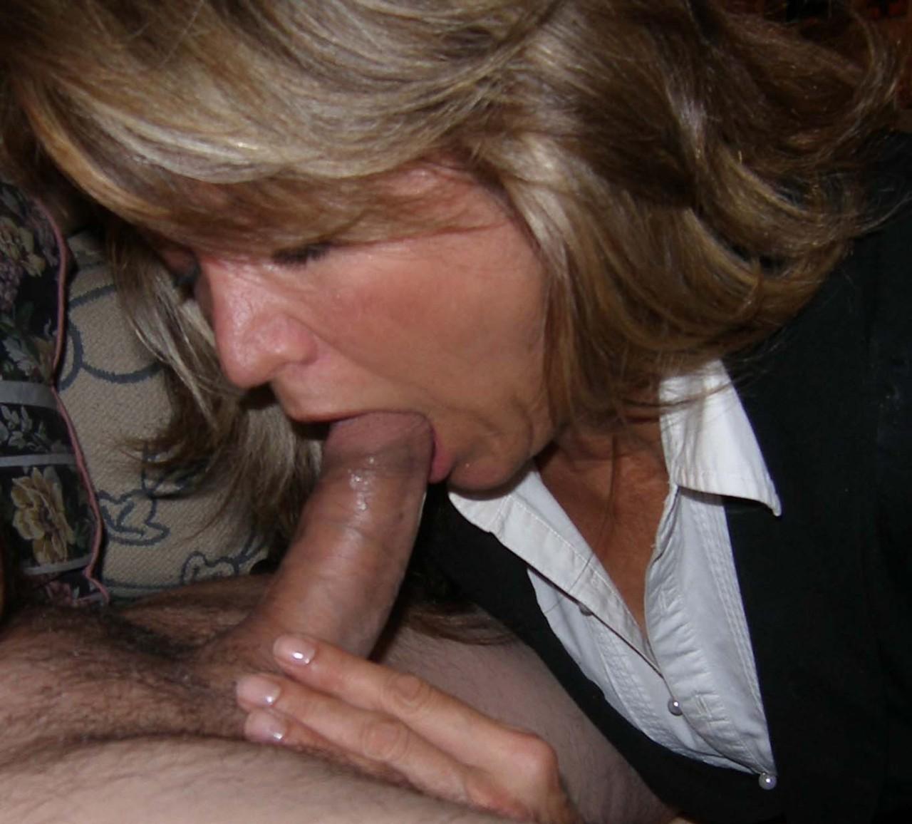 nyinflyttad kåt knullsugen kvinna söker någon att knulla kannus