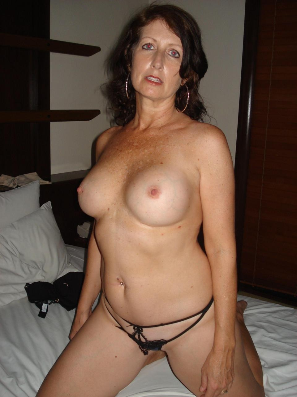 svensk milf dating 50 plus