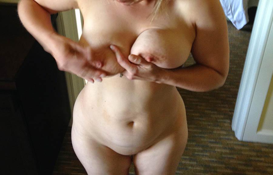 Vuxen super sexig tjej söker killar